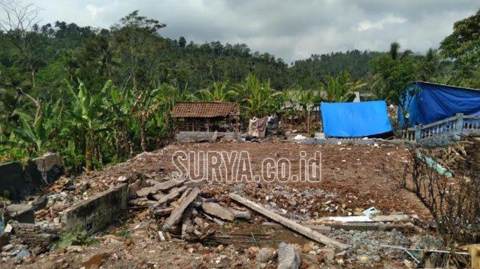 Pembersihan Reruntuhan Bangunan Terdampak Gempa Bumi di Kabupaten Malang Segera Rampung