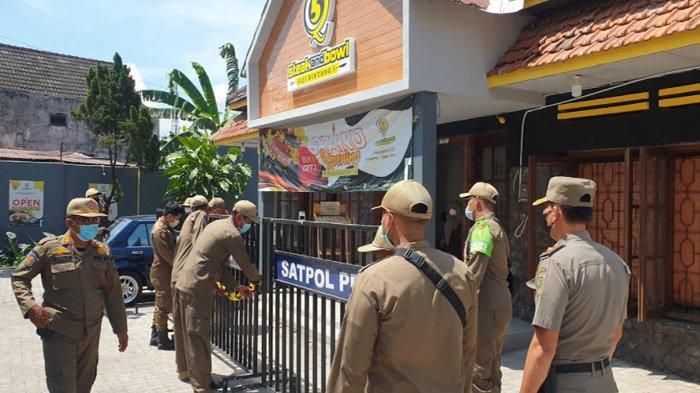 Diganggu Penyegelan Paksa Oleh Satpol PP, Pengunjung Resto di Kota Mojokerto ini Berhamburan Pergi