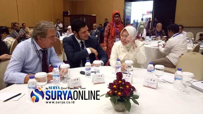 Buka UCLG Congress, Wali Kota Risma Sebut Berhasil Turunkan Suhu Panas Surabaya 2 Derajat