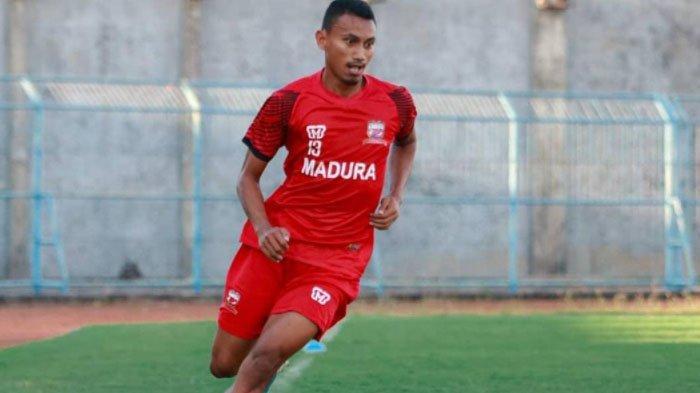 Rivaldi Bawuo saat masih membela Madura United