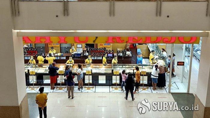 Hari Pertama PSBB Surabaya Raya Berakhir, Mal di Kota Pahlawan Langsung Ramai Pengunjung