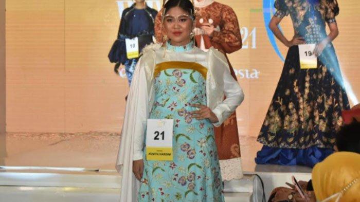 Sembilan Batik Karya Istri Bupati Trenggalek Novita Hardini Tampil di Ajang Women's Week di Surabaya