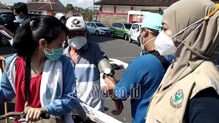 Manula di Kabupaten Tulungagung Sangat Terbantu Vaksinasi Drive Thru