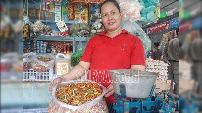 Di Pulau Bawean Gresik Harga Cabai Rawit Terus Melambung, Tembus Rp 100.000 Per Kilogram?