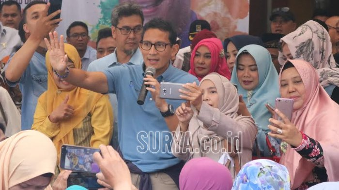 Emak-emak di Kota Malang Heboh Lihat Sandiaga Uno, Mereka Ajak Calon Wakil Presiden Itu Lakukan Ini
