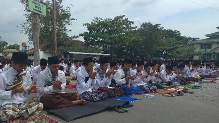 VIDEO Seruan PWNU Jatim Soal Sholat Jumat Saat Pandemi Virus Corona, MUI: Belum Saatnya Masjid Tutup