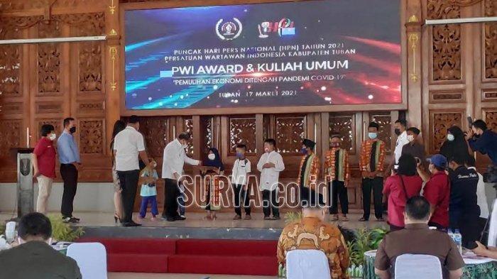 Puncak HPN 2021 PWI Tuban, Emil Dardak hingga Rizal Ramli Beri Kuliah Ekonomi