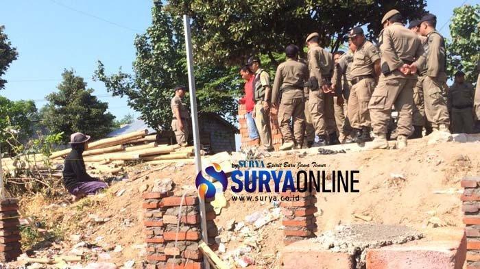 Satpol PP Kota Kediri Hentikan Renovasi Warung Kawasan GOR Jayabaya, Ini Sebabnya