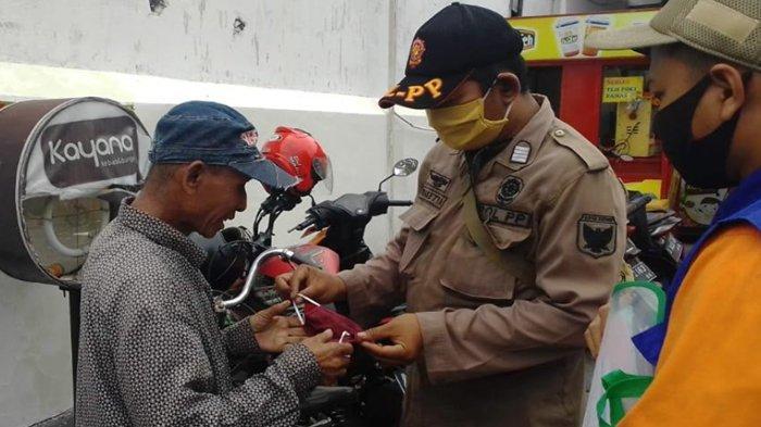 Satpol PP Kota Kediri Sudah Salurkan 8 Ribu Masker Sumbangan Masyarakat Untuk Masyarakat