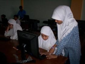 Siswa SD Diajari Bikin Blog