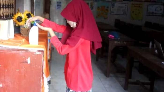 Cara Anak-anak SDN Magersari 2 Kota Mojokerto Menghimpun Zakat Fitrah di Tengah Pandemi Corona