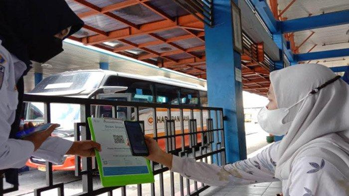 Hanya 10 dari 1.500 Pengunjung Terminal Tulungagung Gunakan Aplikasi PeduliLindungi; Ini  Alasannya
