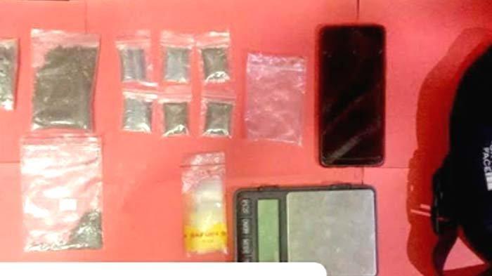 Pengedar Narkoba di Nganjuk Sembunyikan Ganja di Bungkus Kopi, Disergap Polisi di Rumahnya