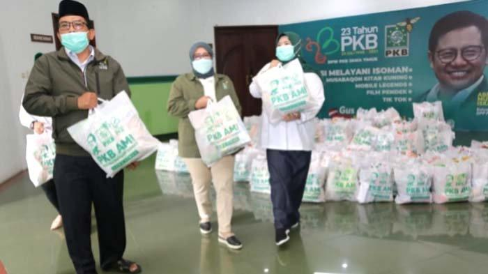 Harlah Ke-23, PKB Jatim Sebar 20 Ribu Paket Sembako untuk Warga Isoman