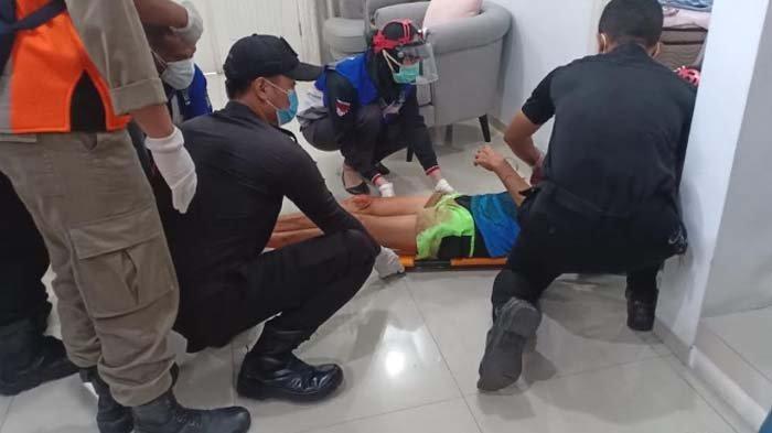 Pasutri Lansia di Surabaya Tiba-tiba Ditemukan Bersimbah Darah, sang Istri Tewas, Suami Terkulai