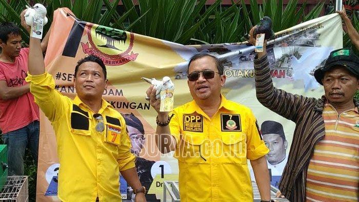 Sekjen Partai Berkarya Priyo Budi Santoso Lepas 2.000 Merpati di Bundaran Waru, Ini Maknanya