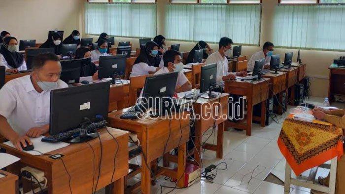 Pantau Ujian Kompetensi P3K Guru, Wali Kota Blitar : Tetap Disiplin Protokol Kesehatan