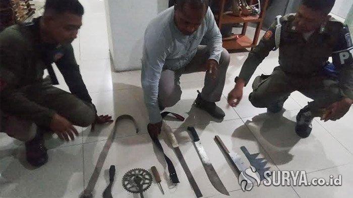 Diduga Tawuran Antar Gangster, 2 Kelompok Bersajam di Ngaglik Kapasari Surabaya, 3 Anak Diamankan