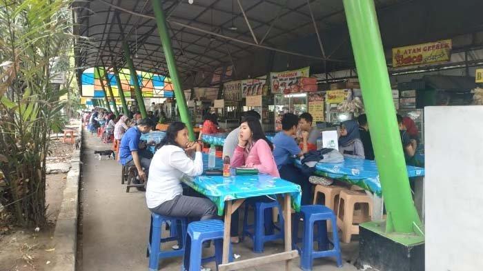 Pengunjung Keluhkan Tidak Ada Toilet di Sentra Kuliner RMI Ngagel Selatan Surabaya