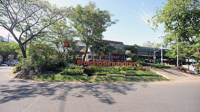 Pemkot Surabaya Bebaskan Biaya Retribusi Sentra Wisata Kuliner Selama Penerapan PPKM