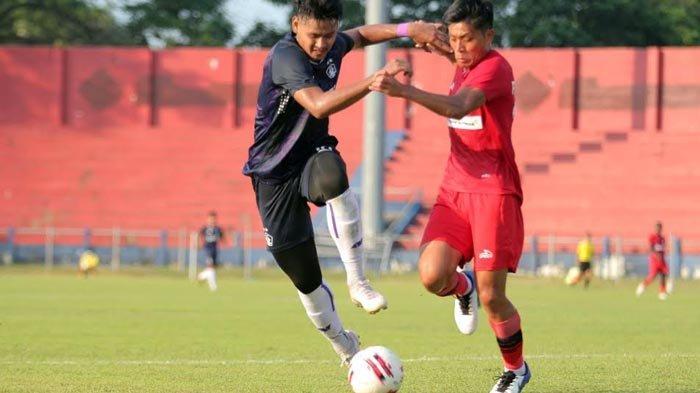 Joko Susilo Siap Turunkan Septian Bagaskara dalam Laga Persik Kediri Vs Borneo FC