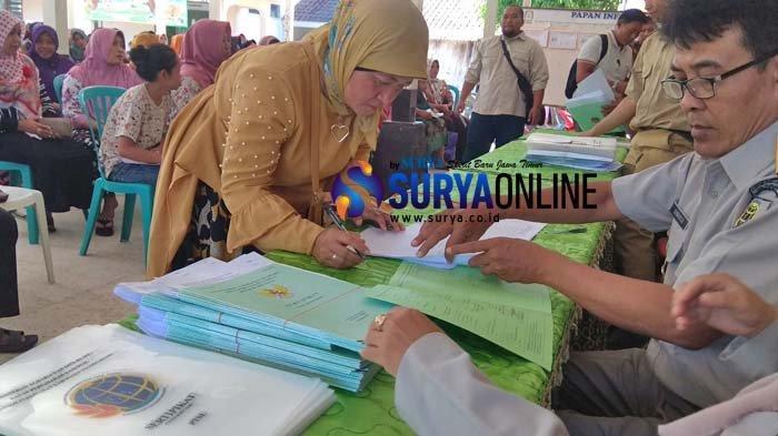 Pembagian Sertifikat Tanah PTSL di Sambirobyong Tulungagung Diprotes Warga, Begini Pernyataan Kades