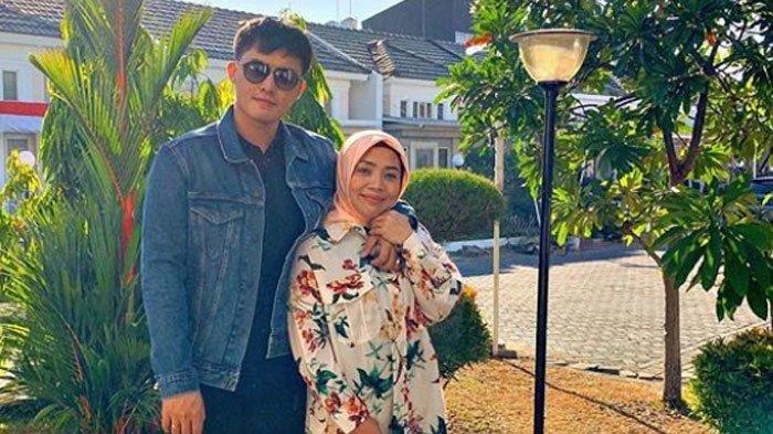 Muzdalifah Kena Tipu Rp 20 Juta, Ini Isi Chat Istri Fadel Islami & Penipu, Ternyata Warga Surabaya