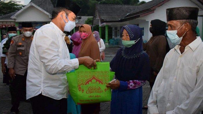 Safari Ramadhan Sampai Hari ke-28, Bupati Lamongan Pastikan Infrastrukur Jalan Makin Mulus