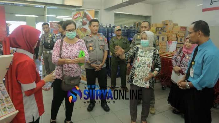 Antisipasi Penyebaran Virus Corona di Kota Mojokerto, Ning Ita Sidak Area Publik