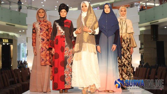 Gradasi Warna Matahari di Pagi Hari Melenggang di Pentas East Java Fashion Tendance