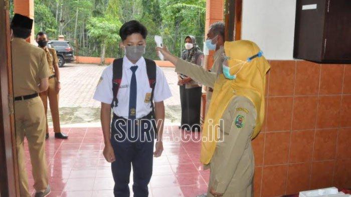 Siswa Kelas IX di Kabupaten Trenggalek Mulai Ikuti Pembelajaran Tatap Muka di Sekolah