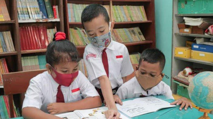 Hari Buku Anak Internasional, Buku Bacaan Membentuk Karakter dan Kepribadian Anak