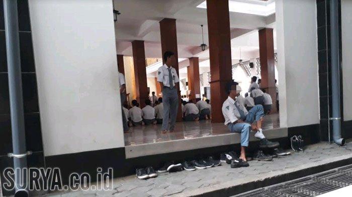 Heboh Pelajar SMK Sumpah Pocong di Sekolah Untuk Patahkan Tuduhan Mencuri, Guru Agama Minta Maaf