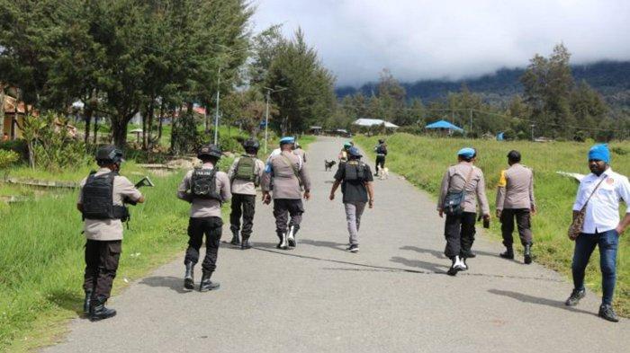 Situasi Kabupaten Puncak Mulai Kondusif Setelah KKB Papua Serang TNI, Polri Masih Gencar Patroli