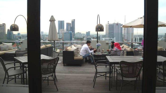 Menikmati Sensasi Makan di Ketinggian, Sky 36 Restaurant Alternatifnya
