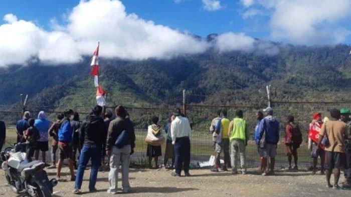 Mirza, Pilot Rimbun Air yang Jatuh di Intan Jaya Masih Aktif Ponselnya, Kondisi Pesawat Memilukan