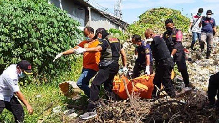 Ciri-ciri Mayat Pria di Tumpukan Sampah dan Eceng Gondok Bawah Jembatan Tol Karah Kota Surabaya