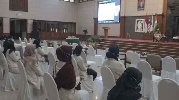 UWKS Ciptakan Peluang Usaha di Masa Pandemi lewat International Virtual Conference