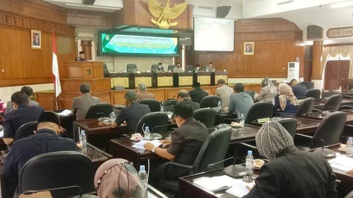 Wabup Tuban Bacakan Jawaban Pemerintah 1,5 Jam tentang R-APBD TA 2022