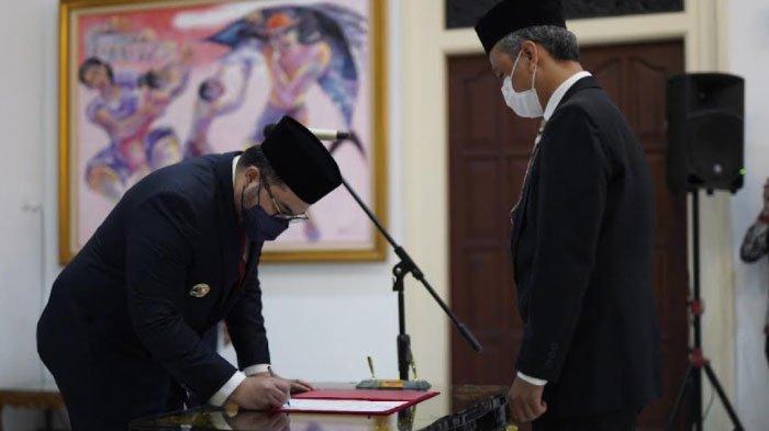 Bupati Kediri Hanindhito Himawan Pramana Lantik Kepala Dinas Kominfo Baru