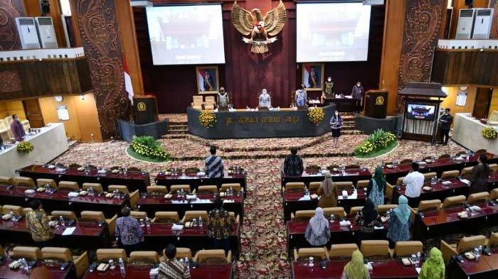 DPRD Jatim Sampaikan 6 Poin Penting kepada Eksekutif, Respons Pertanggungjawaban APBD Jatim 2020