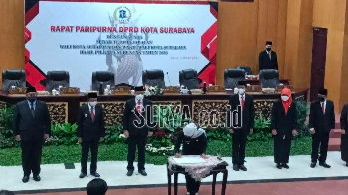 DPRD Surabaya Rapat Paripurna Gelar Serah Terima Jabatan Wali Kota