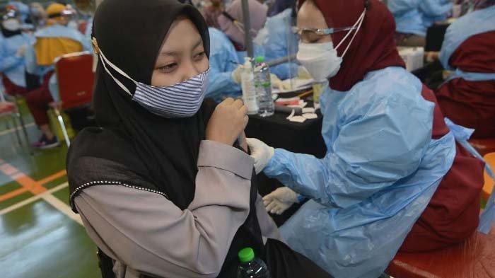 UINSA Dukung Percepatan Vaksinasi di Jatim, Gandeng Pemprov & Pemkot Surabaya Gelar Vaksinasi Massal