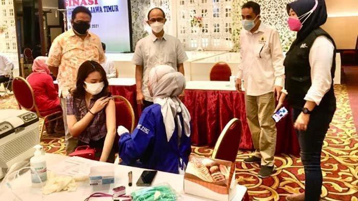 Kadin Jatim Fasilitasi Vaksinasi 421 UMKM di Surabaya Raya