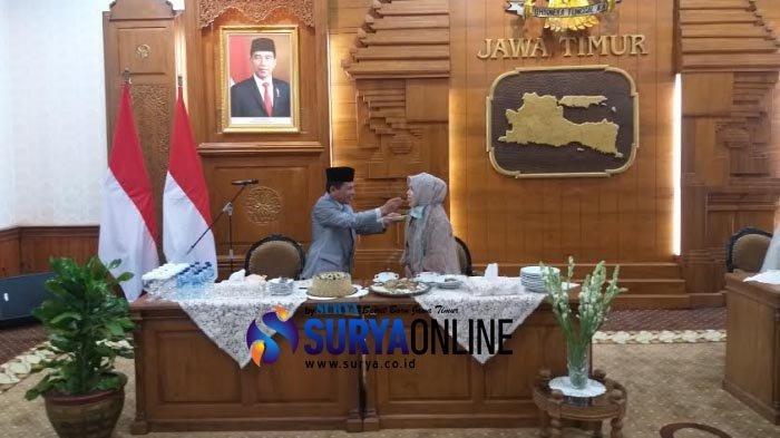 Batalkan Resepsi H-1, Amal & Istri Diundang Gubernur Khofifah Syukuran Pernikahan di Gedung Grahadi