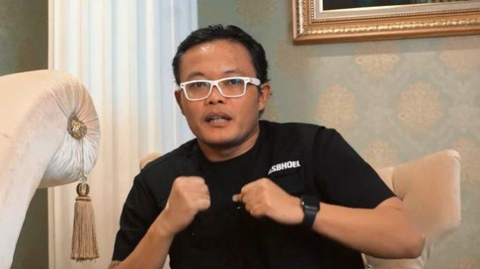 Sule saat menjadi bintang tamu vlog The Hermansyah A6 dan buka suara soal calon istrinya