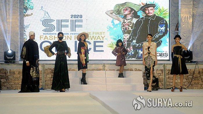 Pertama Kali di Surabaya, Fashion Runaway di Atas Area Seluncur Es