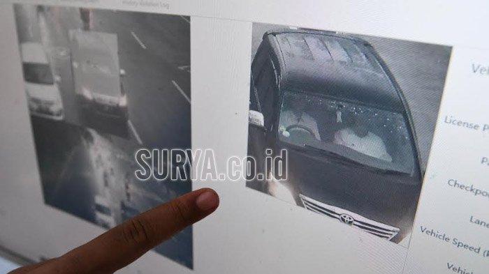 Foto Capture CCTV E-Tilang Tidak Jelas, Pegang Pipi Dikira Main Ponsel di Mobil