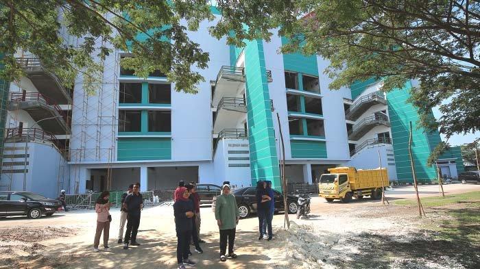 Instruksi Walikota Risma saat kembali Menjau Stadion Gelora Bung Tomo Surabaya