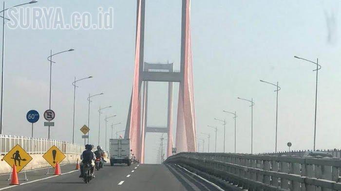 Suramadu Gratis Setelah Jokowi Kibarkan Bendera Besok